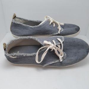 Sanuk denim lace up tennis shoes